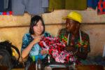 世界で一番貧しい国「シエラレオネ共和国」でアフリカ布を使って就労支援に取り組む、ただ一人の日本人・下里夢美さんの連載開始!活動のきっかけや現地での苦労話しとは?